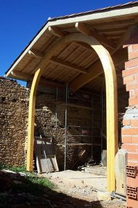 [:fr]Charpente lamellé collé plein ceintre[:en]Laminated arched roof truss[:]