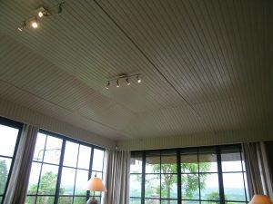 [:fr]Plafond verrière en lambris[:en]Conservatory roof in paneling[:]